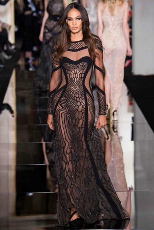cherna dantela review Atelier Versace prolet 2015
