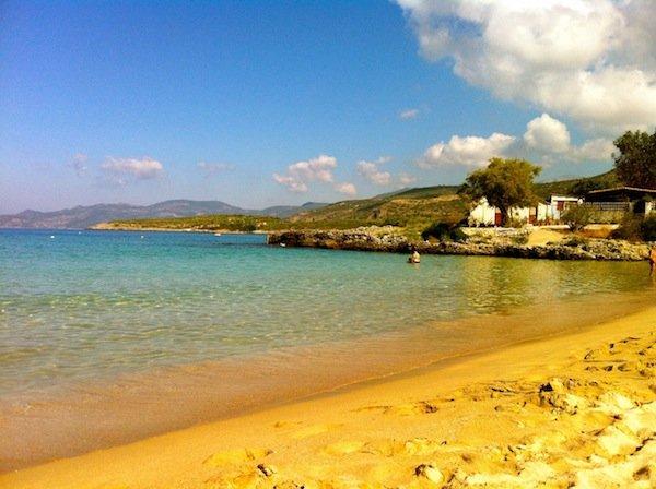 garciq pelopones plaj kalogria