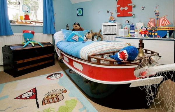 идеи за детска стая с легло лодка и морска тематика