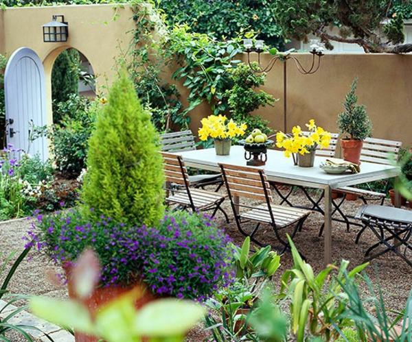 Идеи за малка градина – райско кътче на земята