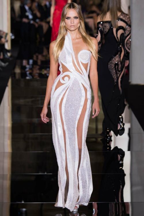 izrqzana roklq vissha moda Atelier Versace prolet 2015