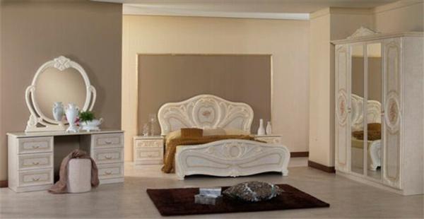 luksozna spalnia izlachvashta spokoistvie v svetli tonove