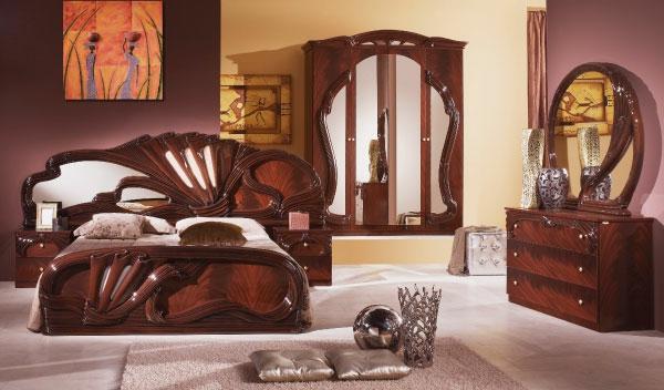 inovativno reshenie v darvorezbata sazdavashto luksozno obzavezhdane na spalniata