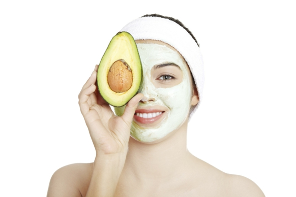 Маска за лице с авокадо – за сухата кожа през зимата