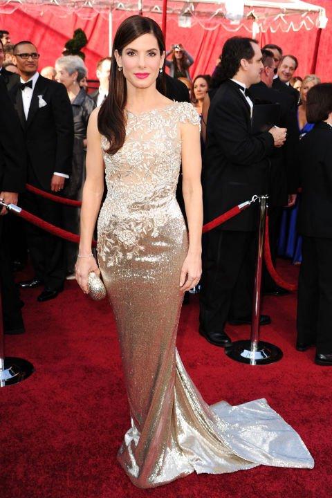 Cherven kilim naj-dobrite rokli Sandra Bullock