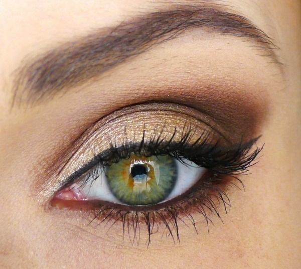идеи за грим бал подходящ за зелени очи