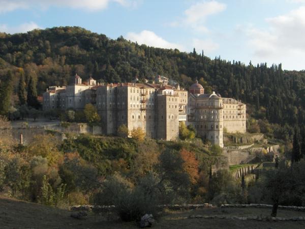 pochivka v garcia - zografski manastir