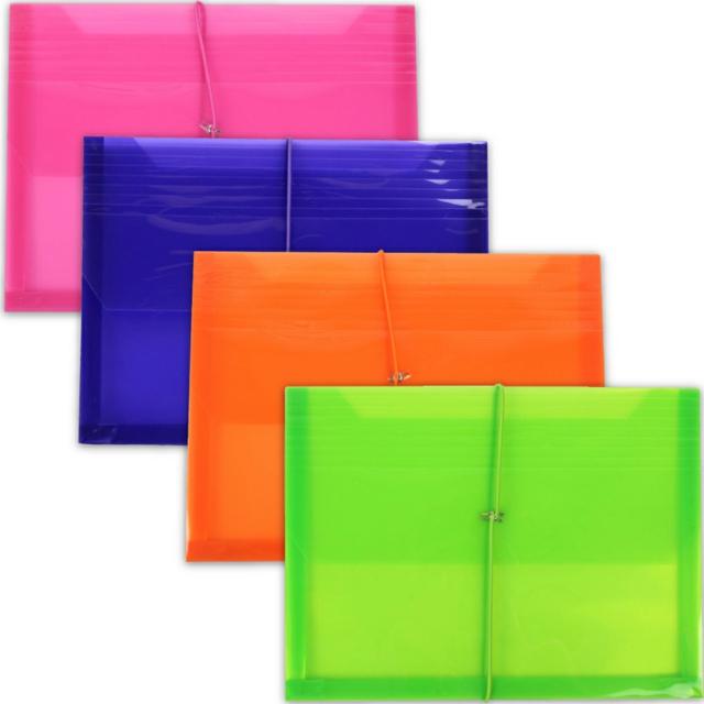 Цветни пластмасови пликчета