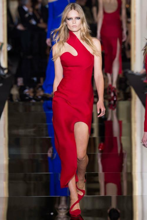 vissha moda Atelier Versace prolet 2015 chervena roklq