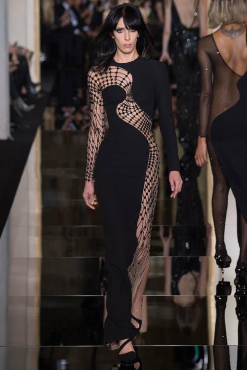 vissha moda Atelier Versace prolet 2015 roklq cherna