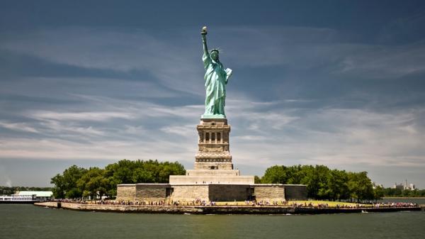 golqmata qbalka new york zabelejitelnosti statuqta na svobodata