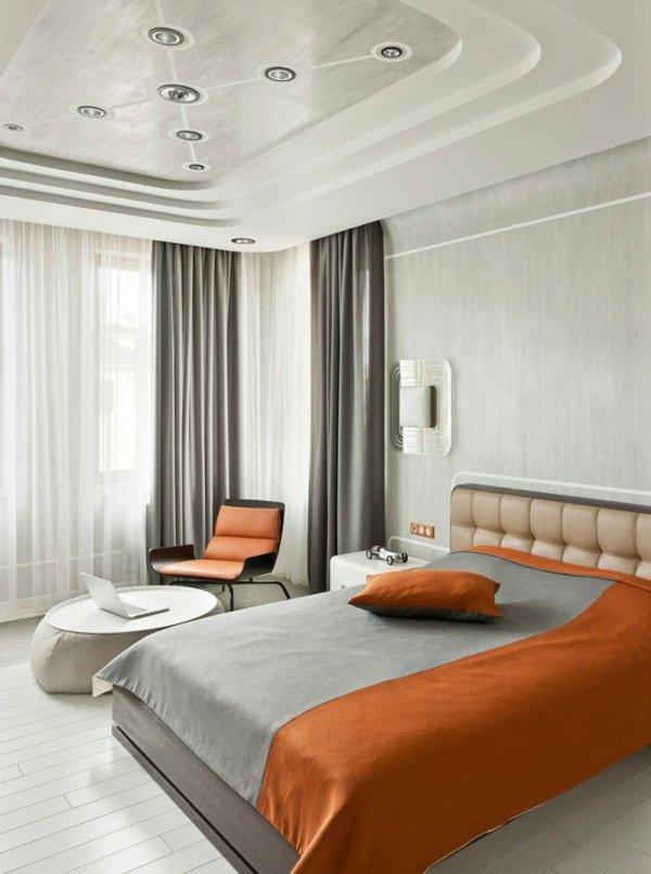 okachen tavan retro futuristichen stil bql lunichki