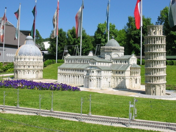 arhitekturni modeli minimundus katedralata piza