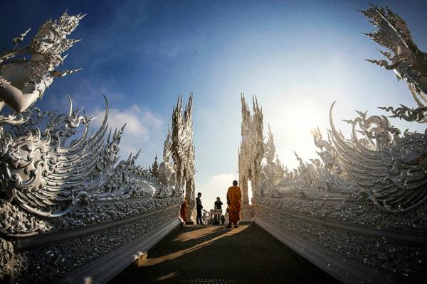 bql hram tailand most skulpturi