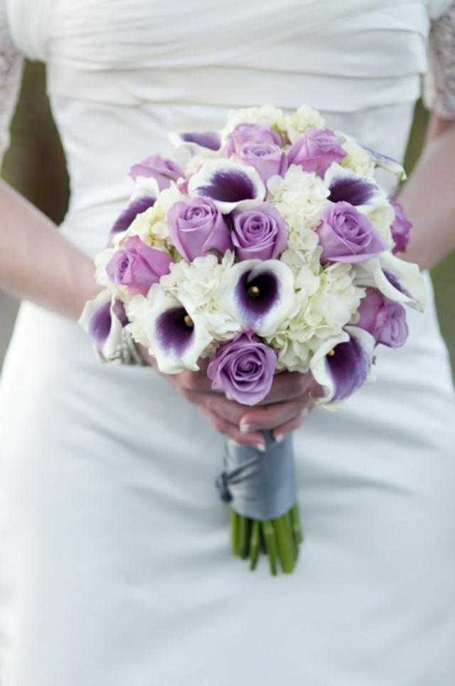 bulchenski buket s rozi i kalii
