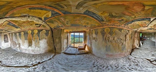 chudni katcheta v balgariq ivanovski skalen manastir