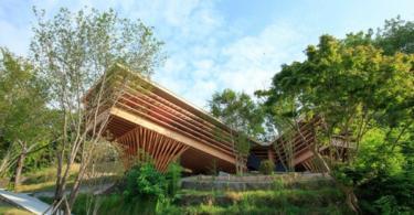 Дървена къща в Япония