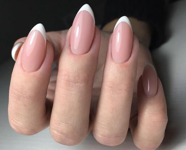 frenski manikur za ostri nokti