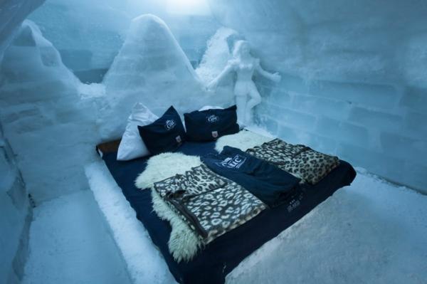 hotel napraven ot led spalnq koja