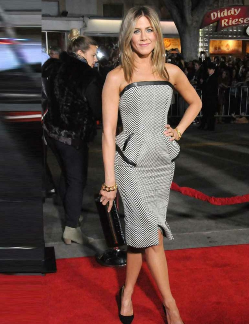jenifer aniston peplam roklq