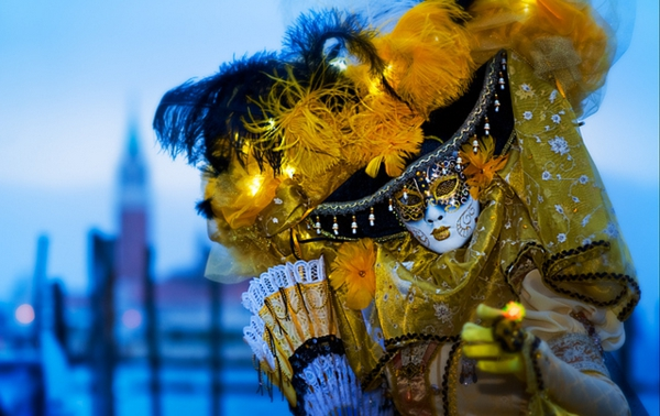 karnavalat vav veneciq jalt kostium maska shapka