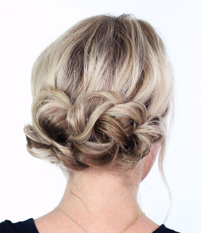 прическа с вдигната коса