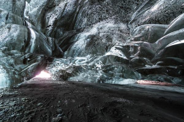 ledeni peshteri islandiq sivi