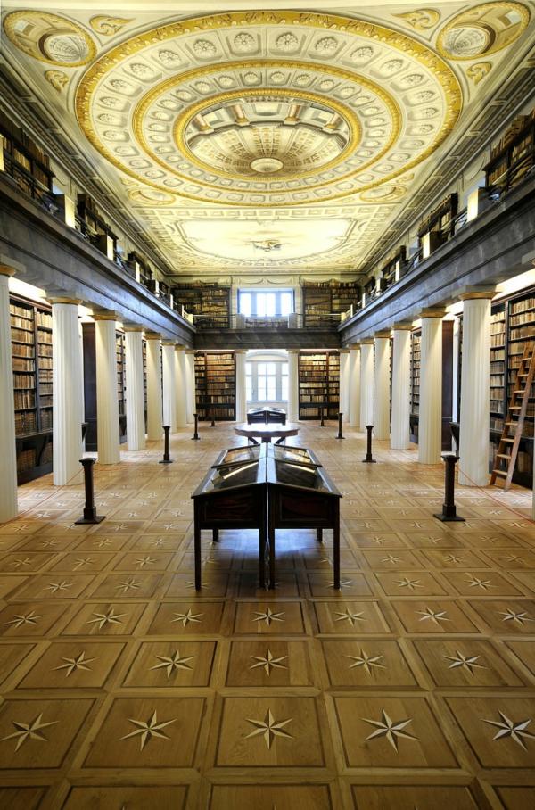naj-vnushitelnite biblioteki po sveta shiroki
