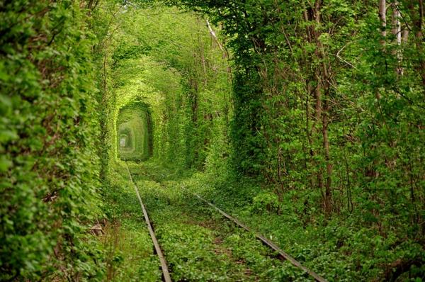 neveroqtni mesta po sveta tunela na liubovta