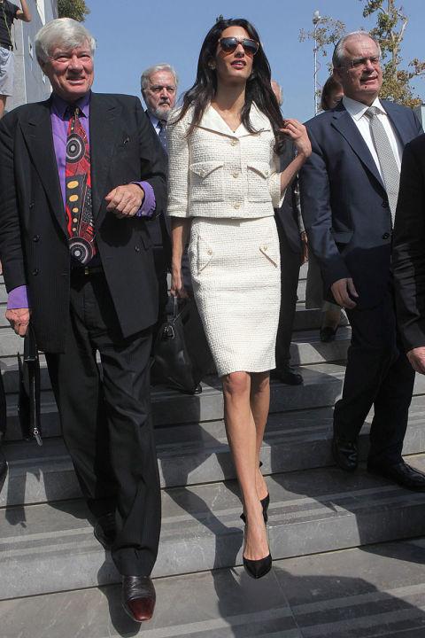 vizii na amal alamuddin kluni bql kostium pola