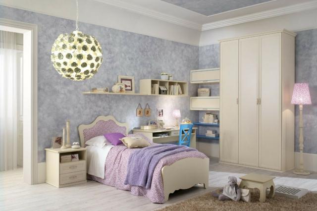 идеи за обзавеждане на детска стая момиче интериор бял лилав цвят