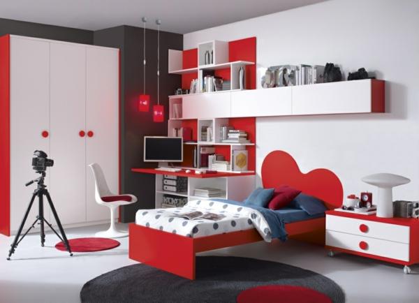 обзавеждане детска стая за момичета червено бяло
