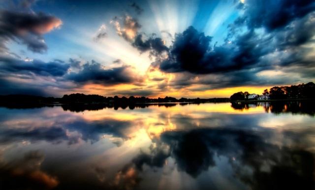otrajenie voda nebe