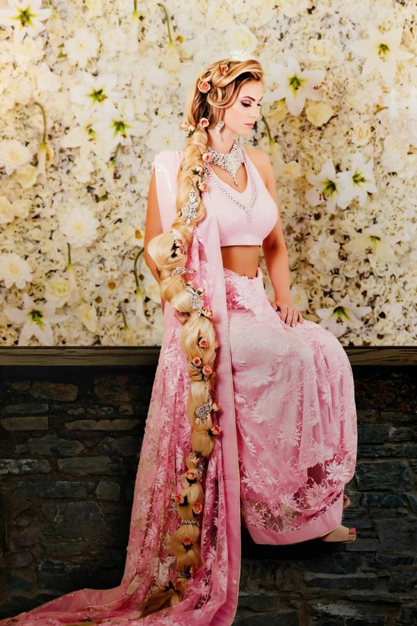 princesi na Disni kato indiiski bulki Rapunzel