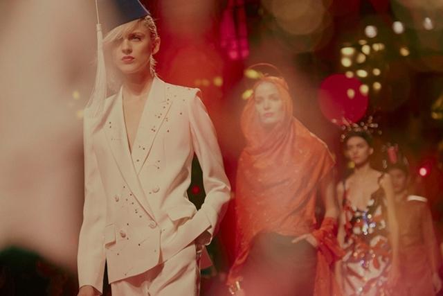 schiaparelli-vissha-moda-2015-prolet