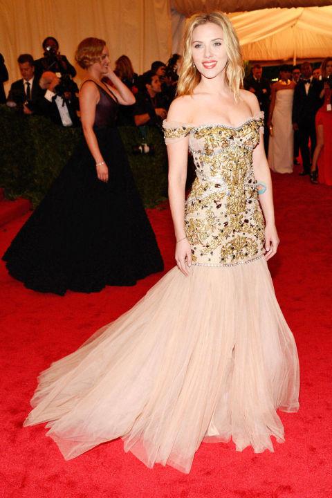 skarlet johanson strahotni vizii roklq Dolce&Gabbana