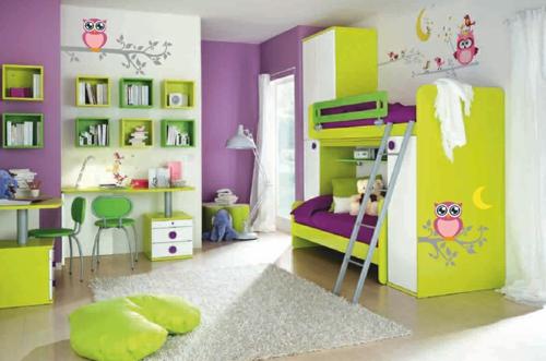 стикери за стена на детска стая двуетажно легло лилаво зелено