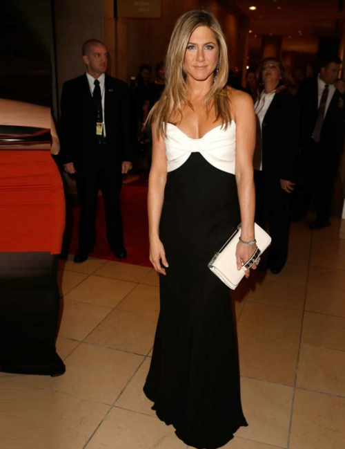 stilat na jenifer aniston valentino