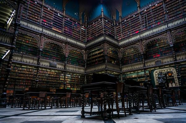 strahotni naj-vnushitelnite biblioteki po sveta