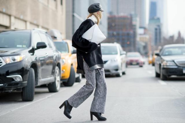 street style ot nu iork sedmicata na modata bareta oversized