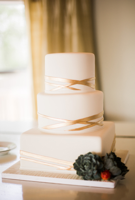 svatbeni torti na tri etaja