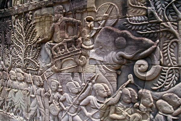 hram skulpturi stena kamak angkor vat