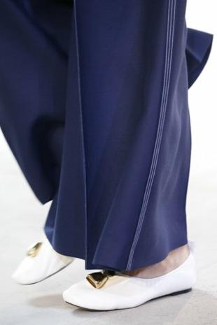 aksesoari-tendencii-niski-obuvki-celine-resized