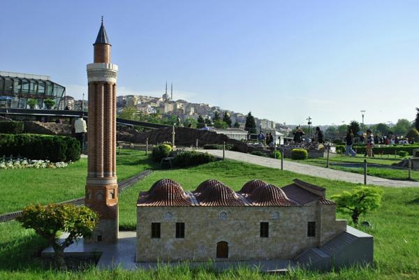 minare yivli antaliq