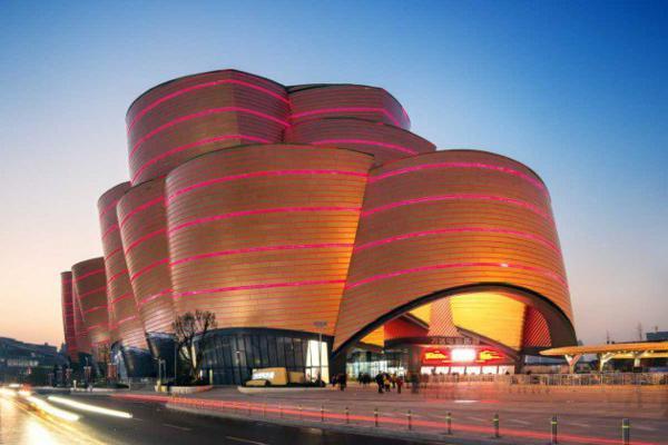 sgrada kino wanda kitai arhitektura