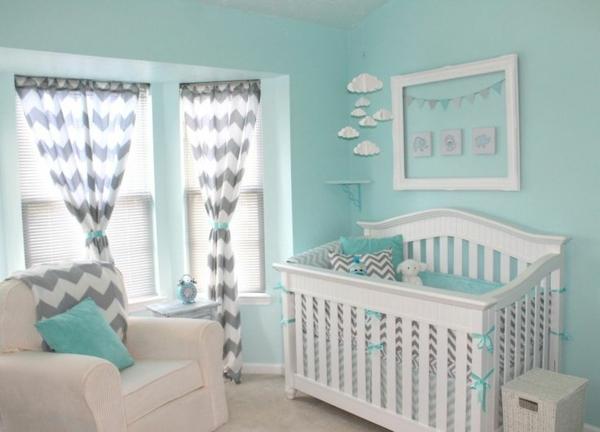 цветове за бебешка стая момче бяло синьо
