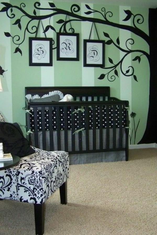 цветове за бебешка стая за момче зелено черно