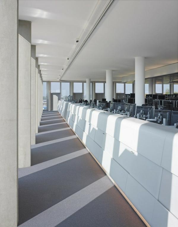 ofis bql interior kompiutri sgrada