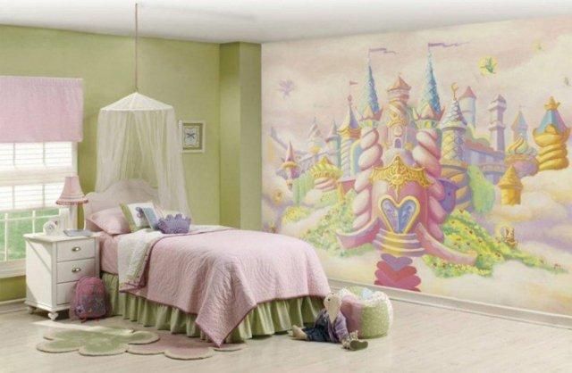 детска стая за малки принцеси момичета балдахин розово зелено обзавеждане