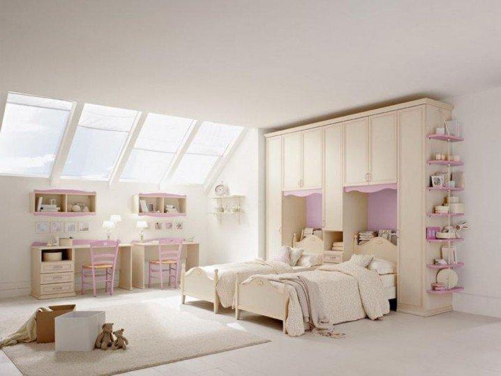 детска стая за две момичета интериор бяло розово